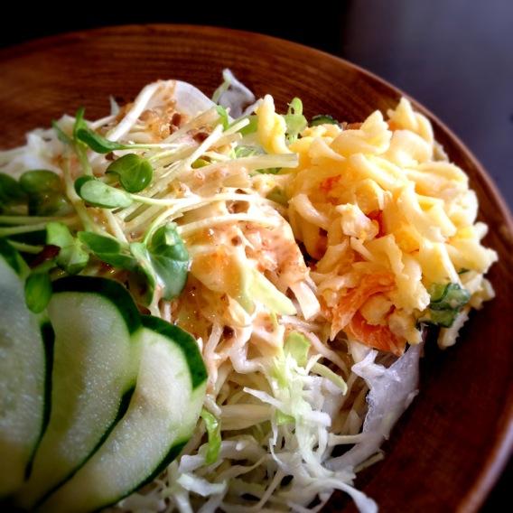 カレーのサラダ